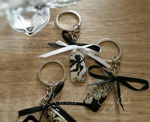 Porte clefs capsule Nail art Cupidons.jp