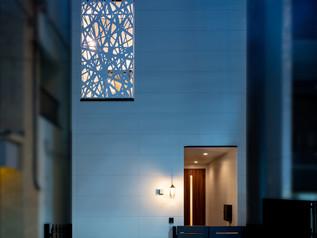[都内]外観のアーキパネルがアクセント 歯科医院の休憩所&セミナールーム