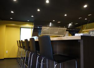 [横浜]カウンターキッチンでお客様との会話を楽しめるお店に