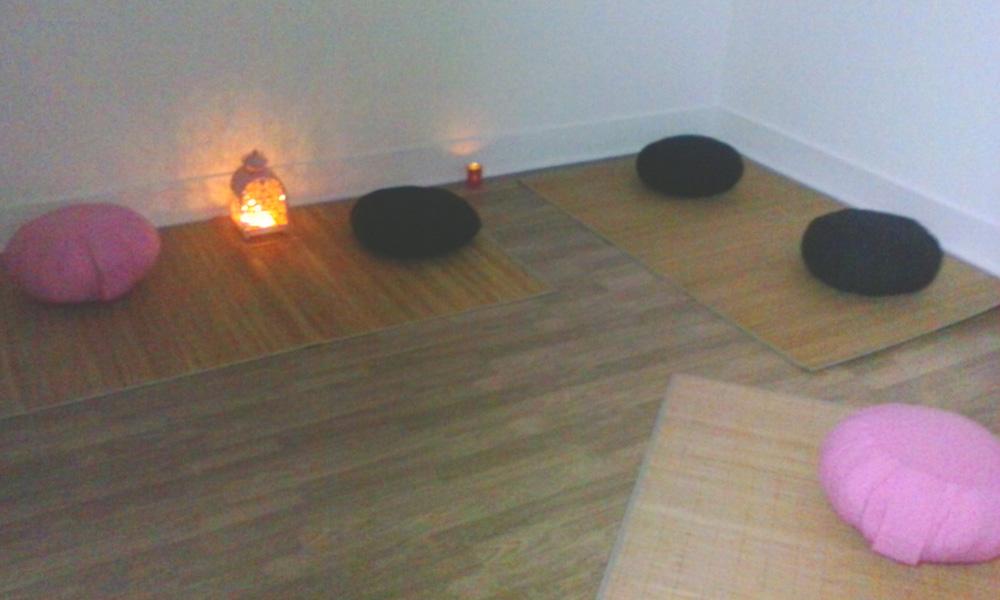 sala_meditação_no_verde_rosa