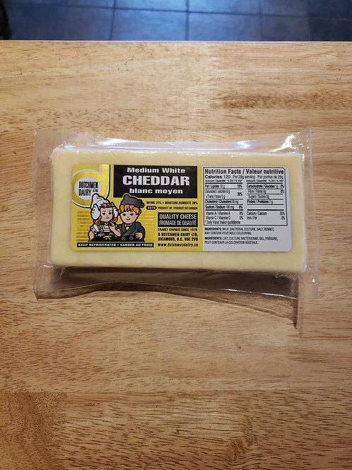 D DUTCHMAN - MEDIUM WHITE CHEDDAR