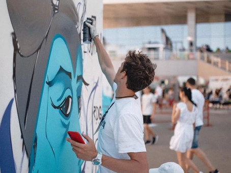 Как начать рисовать на стенах, если до этого не умел рисовать никак?