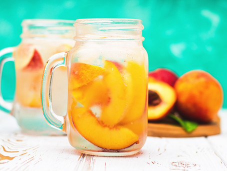 Try out our two favorite Home Detox Drinks!