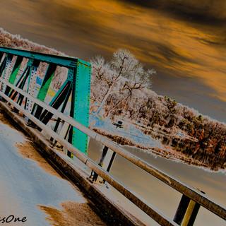 Grey_Cloud_bridge.jpg