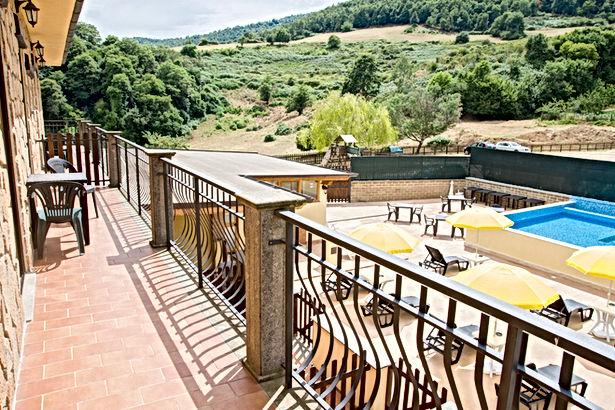 Balcone vista piscina Junior Suite-agrit