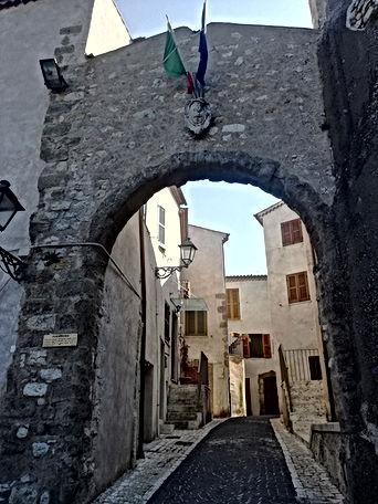 Rocca Massima.jpg