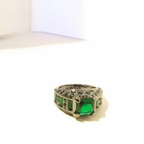 Emerald Woman Ring Green Dinner Wedding Ring 7