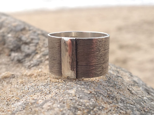 Triple Banded Ring with brushed effect