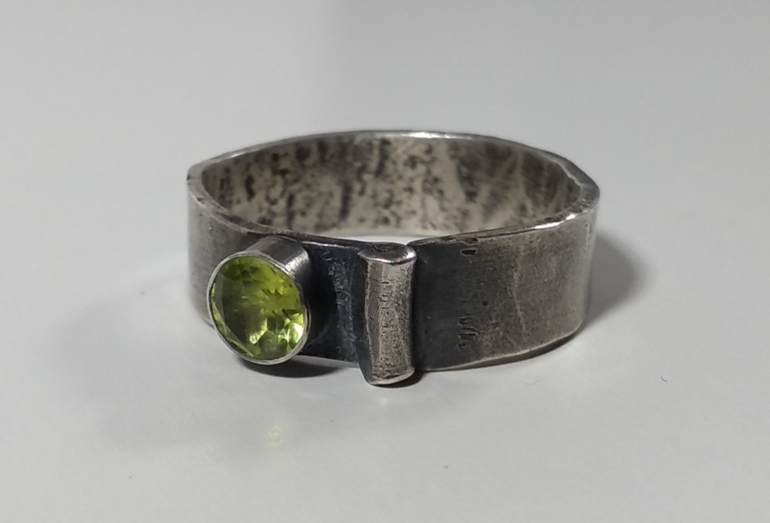 Peridot Scroll Ring