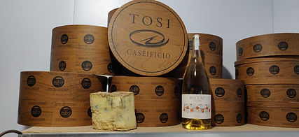 tosi cheese and prosecco.jpg