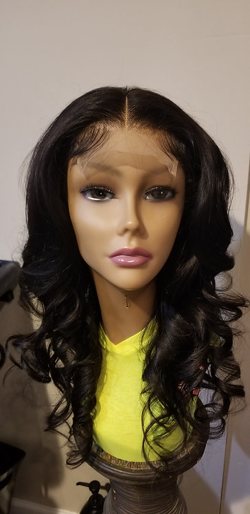 "20"" in Body Wave Wig"