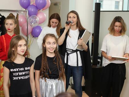 Праздник для женщин, посвященный весне, с участием учителей города Москвы