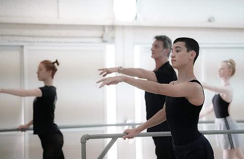 Ballet classe french school