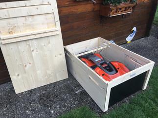Rasenroboter Garage mit Tor für HUSQVARANA Automower 435X AWD und 535X AWD