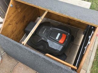 Mähroboter Garage mit Tor für HUSQVARNA Automower  315