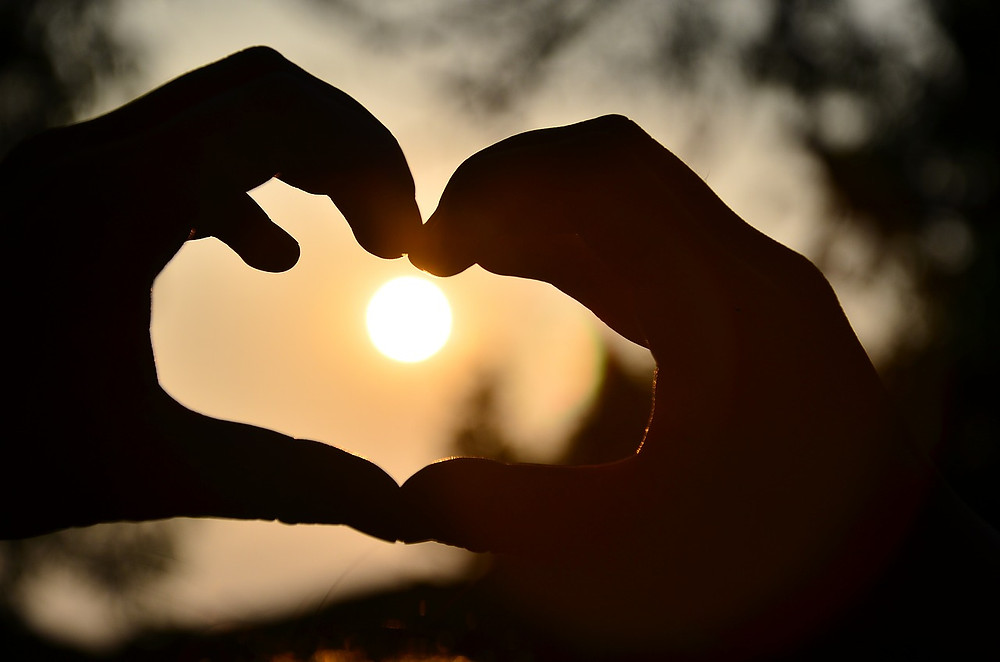 to hender former et hjerte