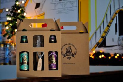 Skromny, a zarazem bardzo elegancki zestaw prezentowy dla miłośników i pasjonatów piw rzemieślniczych