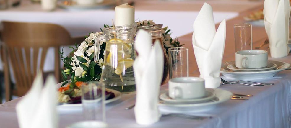 stół-konsolacyjny.jpg