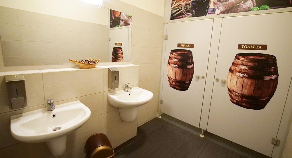 Toalety w restauracji PROST
