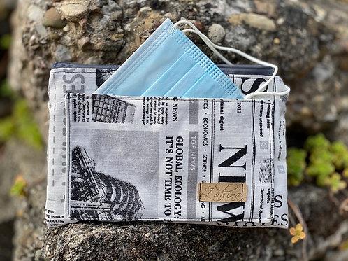 Maskenetui Zeitung