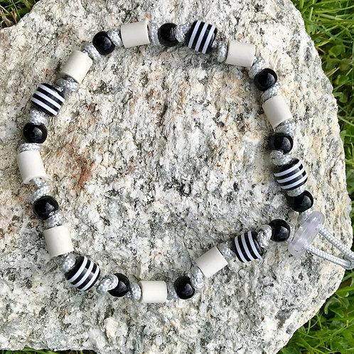 EM Halskette mit Acrylperlen schwarz für Hunde