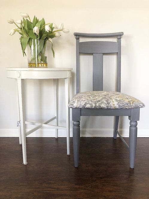 Dayna side chair