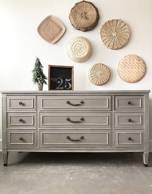 Transitional Nine Drawer Dresser