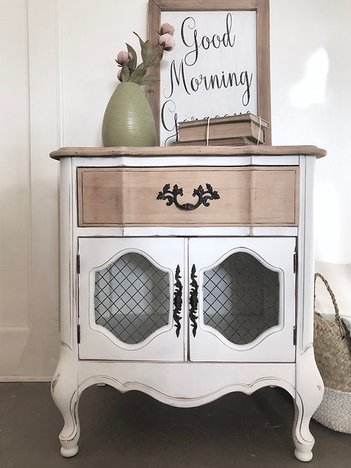 Cottage Farmhouse Nightstand