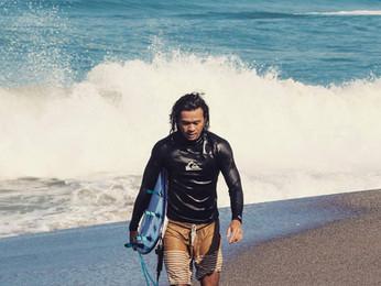 Vom Weltreisenden zum Surflehrer auf Bali