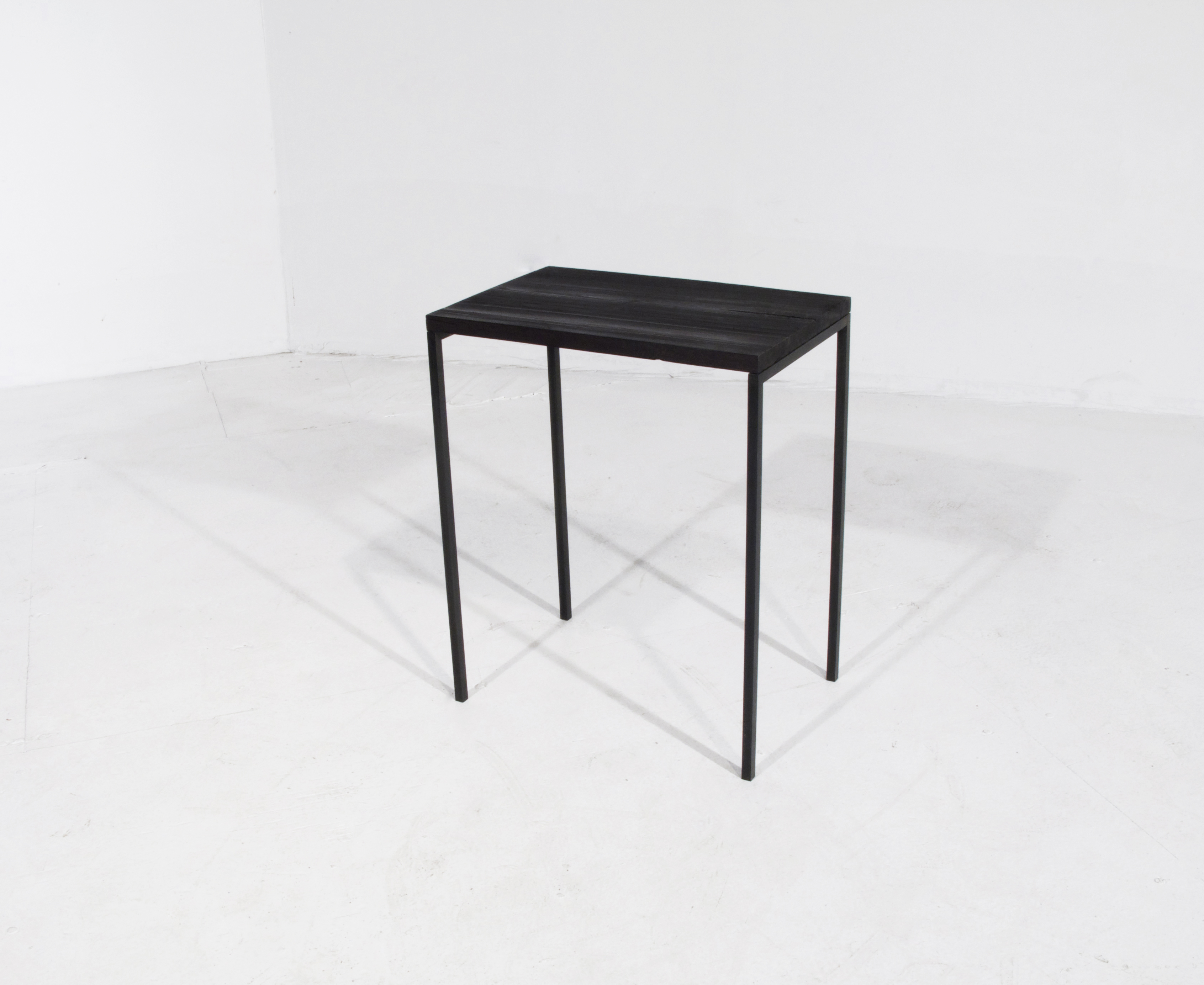 Stik leg table285.web.jpg