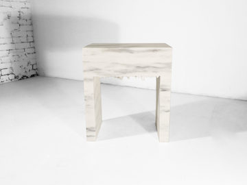 #542. SIDE TABLE, marble