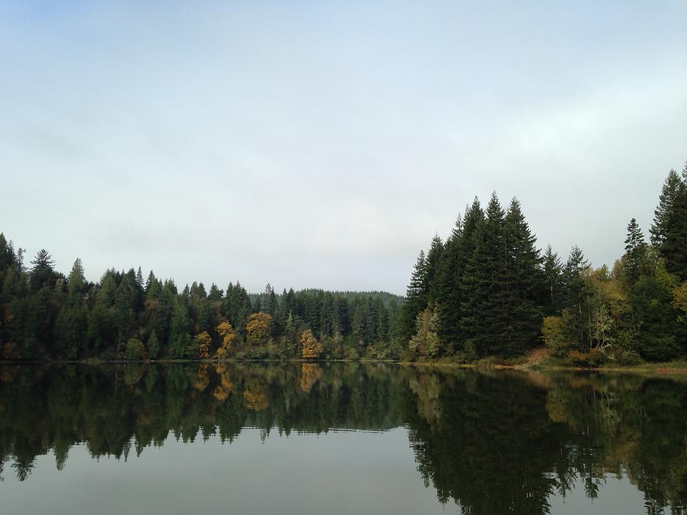 Tenmile Lake, Lakeside, Oregon - Oregon Coast. Photo Courtesy of The Yellow Desk.