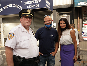 Inna with fmr. NYC Chief of Police Charles Scholl and frm. Detective, Jason Cohen, founder of standing up for NYC