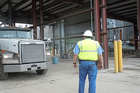 SMS017 - Truck Dump Safety - Seguridad de Camiones Volquetes
