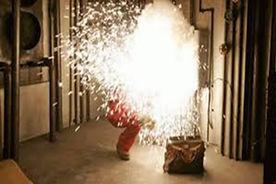 SMS046 - Arc Flash Hazards: Basic Awareness  - Peligros De Arcos Elactricos
