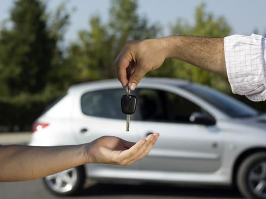 El Gobierno multará por $4,6 millones a automotrices por planes de ahorro engañosos