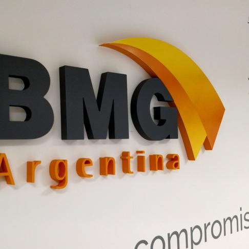 Trabajo de imagen en las nuevas oficinas de BMG Argentina