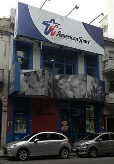 Fachada anterior American Sports