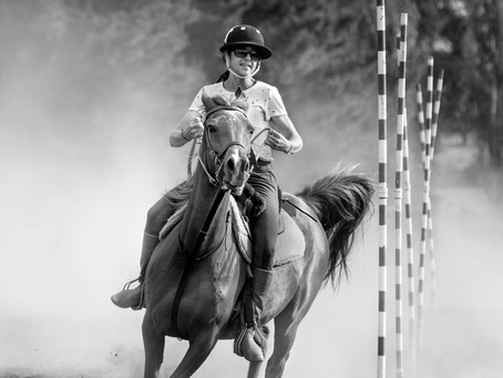 Pruebas de Tambores y Estacas con caballos