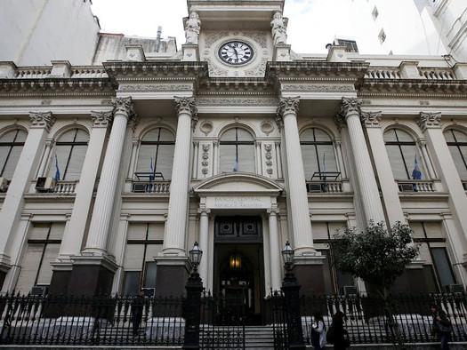 Todo lo que tenés que saber sobre el funcionamiento de los bancos del 13 al 17 de abril