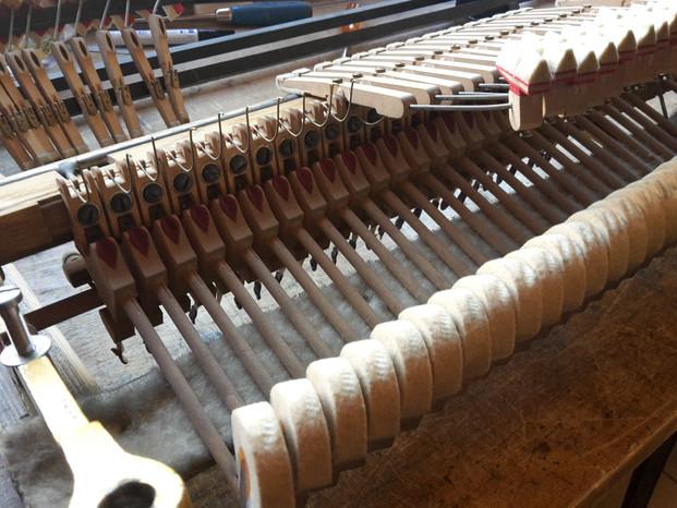 Überarbeitung der Steinway & Sons Mechanik