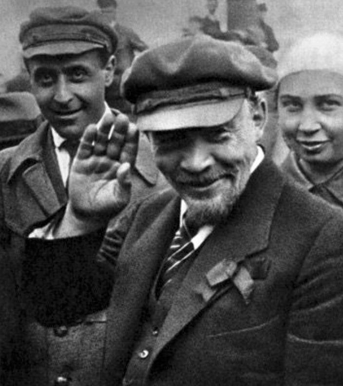 Les anneaux de Lenine et le transfert social (II)
