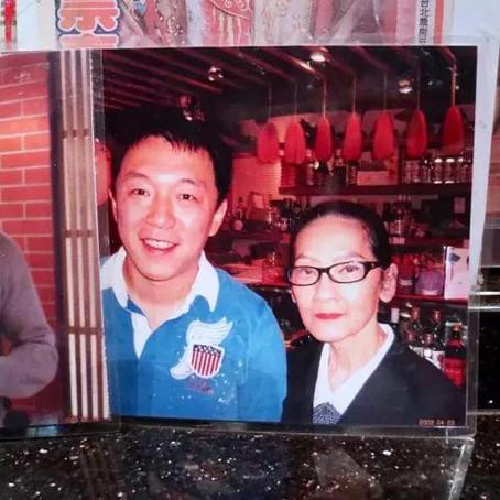 每日頭條:「80歲老闆娘開餐廳,成龍劉德華和半個台灣娛樂圈來吃」