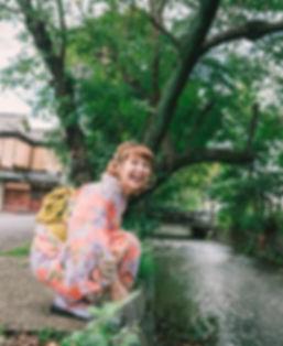 walking tour gojo secret hidden building guide kyoto kimono yumeyakata photo instagram teahouse history