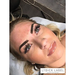 Powdered brows_How gorgeous is she_! Col