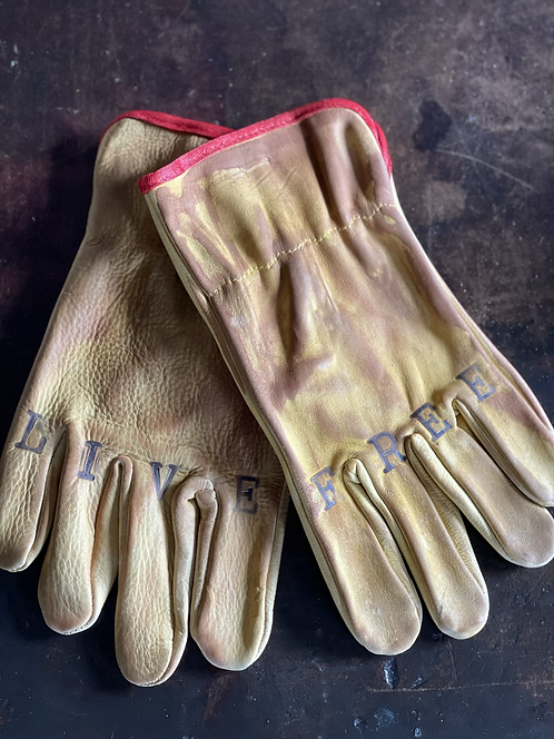 Leather riding/work gloves