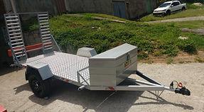 Carretinha para transporte de bomba peristaltica