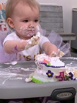Emily New's baby girt BD party
