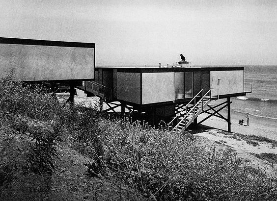 Ellwood_s_Hunt_House_1955-1957_in_Malibu