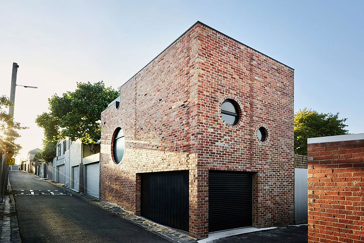 the-ultimate-modern-brick-house-list-6.j